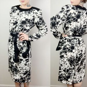 DVF Vintage Black & White  Dress w/ Scarf
